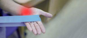 Bóle stawów - przyczyny i leczenie